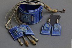 """Кулоны, подвески ручной работы. Ярмарка Мастеров - ручная работа. Купить Комплект """"Деним"""". Handmade. Синий, деним, джинс, бусины"""