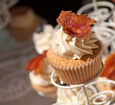 Cupcake salgado 3 pingos