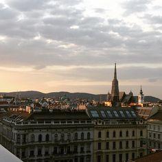 10 Dinge, die ihr als Paar in Wien machen könnt - 1000things.at Vienna, Paris Skyline, Christian, Travel, Instagram, Explore, Travel Advice, Couple, Viajes