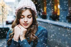 Outdoor close up portrait of young beautiful girl with long hair wearing hat, sweater posing in street of european city. Copy, empty space for textstock photos images Sagittarius Season, Close Up Portraits, Seasons Of The Year, New Moon, Photo Effects, Young And Beautiful, Model Release, Photo Studio, Zodiac Signs
