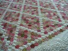 pink hexagon quilt ~ gorgeous piecing and glorious quilting