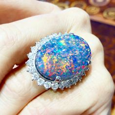 Kicking off your week with this #opal #gem courtesy of @jencwilliams! ✨ #vtsejewelry