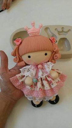 Muñeca princesa : tamaño y detalles.