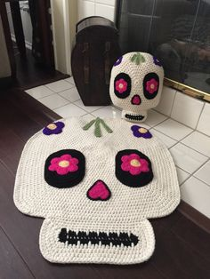 Crochet Sugar Skull Pillow by PeanutButterDynamite on Etsy