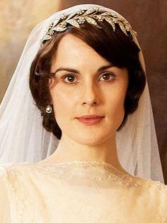 Downton Abbey Lady Mary Wedding Tiara with Swarovski Crystals Mary's Bridal, Bridal Crown, Bridal Tiara, Bridal Headpieces, Downton Abbey Mary, Downton Abbey Fashion, Lady Mary Crawley, Royal Tiaras, Royal Jewels