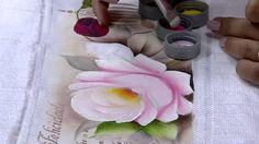 Mulher.com 19/03/2015 Ana Laura Rodrigues - Pintura em toalha rosas Part...