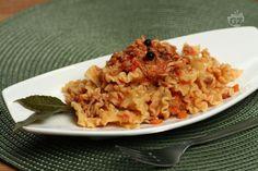 Stanchi del solito ragù della domenica? Provate il ragù di coniglio! Un sapore delicato, perfetto per condire e rendere speciali i primi piatti!