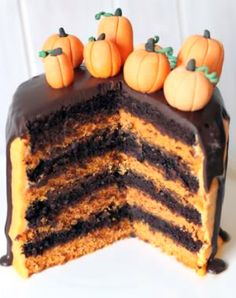 This chocolate orange Halloween cake is 100% whole grain and sure to be a crowd pleaser!
