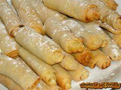 Putisoare - www. Romanian Food, Feta, Sausage, Deserts, Dessert Recipes, Chicken, Ethnic Recipes, Sausages, Postres