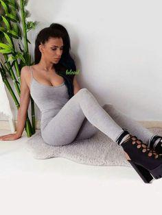 Πιο sexy δεν γίνεται! Ολόσωμη εφαρμοστή φόρμα σε τέλεια τιμή! Θα την βρεις εδώ --> http://mikk.ro/Zk3
