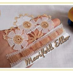 This Pin was discovered by Gül Crochet Hammock, Needle Lace, Tatting, Elsa, Knots, Diy And Crafts, Projects To Try, Embroidery, Mavis
