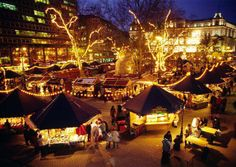 Come and visit the #Budapest Christmas Fair between November 27-December 31 if you want to buy something unique and original. http://www.parkinn.com/hotel-budapest