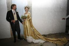 Aimone di Savoia Aosta (1967) sposa Olga di Grecia (1971), nell'isola di Patmos, nel 2008.