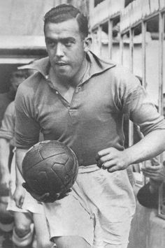 The great Dixie Dean. Football Music, Football Cards, Football Players, Premier League, Liverpool Town, Everton Fc, Vintage Football, The Past, Soccer