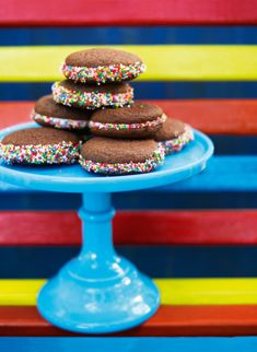 From last year's annual kids' issue. http://www.donnahay.com.au/recipes/kids/sweets/rainbow-whoopie-pies