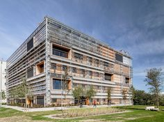 H arquitectes clads palaeontology research center with bioclimatic skin