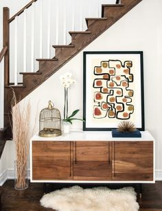 Inspiration for home decor on the way in. Cozy, warm colors and abstract art prints … – cozy home warm Overstuffed Chairs, Entry Way Design, House Smells, Formal Living Rooms, Leaf Shapes, Interior Design Tips, Warm Colors, Cozy House, Colorful Decor