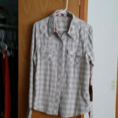 True religion button up True religion buttuon up. Fits more to a large. True Religion Tops Button Down Shirts