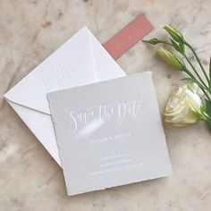 One of my favorite Save the Dates this year (and one of my favorite clients! @tayleralexiss ❤️) white foil on gray cotton paper and a blind embossed return address -swipe left to see it ✨✨