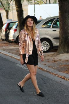 Perfecto cuivré rose Zara Mocassins mules Zara Combishort H&M More : http://theoverview.fr/metallic/ Metallic