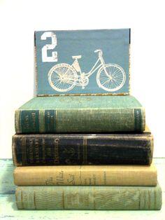 Etsy Thursday: Bicycle Themed Wedding