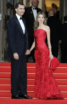 Princess Letizia spotted visiting favourite designer ahead of coronation - Photo 4 | Celebrity news in hellomagazine.com