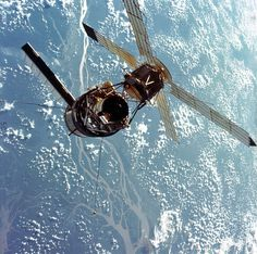 On this day in history, May NASA launched Skylab, the United States' first space station. It was launched unmanned by a modified Saturn V rocket, weighing approximately pounds. Mars Science Laboratory, Nasa Space Program, Apollo Missions, Amazon River, Space Images, Space Station, Space Shuttle, Space Travel, Space Crafts
