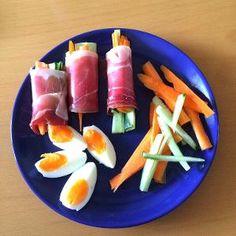 Rolky ze sušené šunky se zeleninovými nudličkami No Cook Meals, Sushi, Carrots, Paleo, Vegetables, Cooking, Ethnic Recipes, Food, Cucina