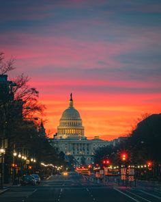 """Surprisingly great sunrise this morning in DC 🙌 Absolutely worth the alarm"" Us Capitol, Washington Dc, Taj Mahal, Sunrise, App, Building, Travel, Construction, Voyage"