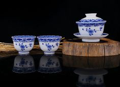Blue and white porcelai gaiwan teaset is available in our etys shop. #porcelain #gaiwan #teaset #giftware #handmade #craft