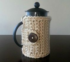 French Press/Coffee Press Cover that will keep your coffee nice and hot!  *Hand crocheted *Acrylic yarn in Linen** Other color choices are available