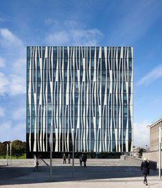dsieño de fachada para edificio moderno