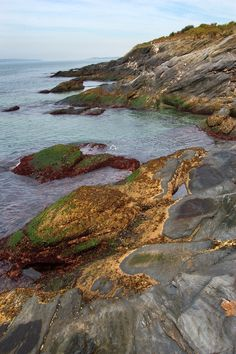 Rhode Island Beavertail State Park | Beavertail State Park in Conanicut Island. Rhode Island, October 9 ...