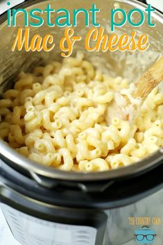 Easy Instant Pot White Cheddar Macaroni and Cheese recipe from The Country Cook-- This easy instant pot comfort food recipe is perfect for any busy weeknight dinner. Instant Pot Pressure Cooker, Pressure Cooker Recipes, Pressure Cooking, Mac And Cheese Pressure Cooker Recipe, White Cheddar Macaroni And Cheese Recipe, Cheddar Cheese, Mac Cheese Recipes, Crockpot Recipes, Cooking Recipes
