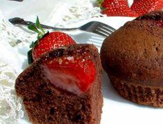 Класическа комбинация - ягоди и шоколад. Няма как да устоите. :)