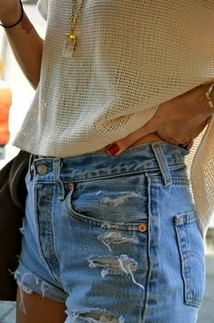 High waist denim shorts and easy breezy top