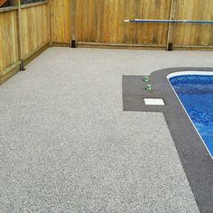 EPDM brown mix with border