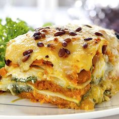 Delicious layers of goodness in this vegetable lasagna. Fall Delight Vegetarian Lasagna Recipe from Grandmothers Kitchen. Roasted Vegetable Lasagna, Veggie Lasagna, Pasta Lasagna, Vegetable Lasagne, Turkey Lasagna, Healthy Lasagna, Pumpkin Vegetable, Sausage Lasagna, Zucchini Lasagne