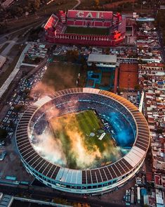 """""""Amazing drone shot of the Racing v Independiente derby last night showing the close proximity of the two stadiums by Ale Petra:"""" Football Gif, Football Photos, Messi, Derby, Nottingham Forest, Night Show, Brighton And Hove, Camp Nou, Birds Eye View"""
