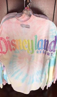Cotton Candy Spirit Jersey Is a Stylish Treat From The Disney Parks Cute Disney Outfits, Disney World Outfits, Disneyland Outfits, Disney Shorts, Disney Clothes, Emo Outfits, Disney Souvenirs, Disney Trips, Disney Parks