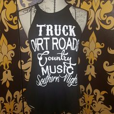 """BNWT Country dirt road tank BNWT Country tank, perfect for summer fun!  This tank is more like a S/M approx 35"""" from armpit to armpit and 23"""" long. Tops Tank Tops"""