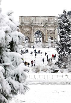 Rome under snow. I've been to rome and i'm going again in June. but my next trip might just have to be in winter!