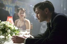 http://www.filmweb.pl/serial/Room at the Top-2012-551259/photos/416275