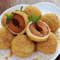 🍴Mandlové ovocné knedlíky recept – rychle, zdravě a jednoduše 🍴 Jimezdrave.cz Hummus, Muffin, Breakfast, Morning Coffee, Muffins, Cupcakes