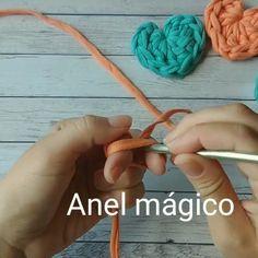 Crochet Cowl Free Pattern, Crochet Basket Pattern, Crochet Poncho, Crochet Stitches, Crochet Patterns, Crochet Hair Clips, Crochet Clothes, Crochet Patron, Crochet Decoration