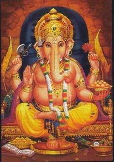 Ganesha - Ele é o primeiro filho de Shiva e Parvati, e o esposo de Buddhi (também chamada Riddhi) e Siddhi.  'Ga' simboliza Buddhi (intelecto) e 'Na' simboliza Vijnana (sabedoria). Ganesha é então considerado o mestre do intelecto e da sabedoria. Ele é representado como uma divindade amarela ou vermelha, com uma grande barriga, quatro braços e a cabeça de elefante com uma única presa, montado em um rato. É habitualmente representado sentado, com uma perna levantada e curvada por cima da…