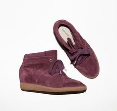 IISABEL MARANT Bobby Low-Top Sneaker Lilas
