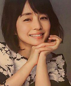 石田ゆり子 My Fair Lady, Japanese Beauty, Classic Beauty, American Women, Female Models, Eyebrows, Asian Girl, Hairstyle, Actresses