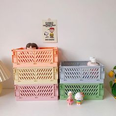 Wood Crates, Wooden Boxes, Unfinished Wood Boxes, Pastel Bedroom, Pastel Room Decor, Crate Crafts, Wood Display Stand, Plastic Crates, Crate Storage