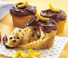 Party Frosting: Curious George Party Ideas and Inspiration